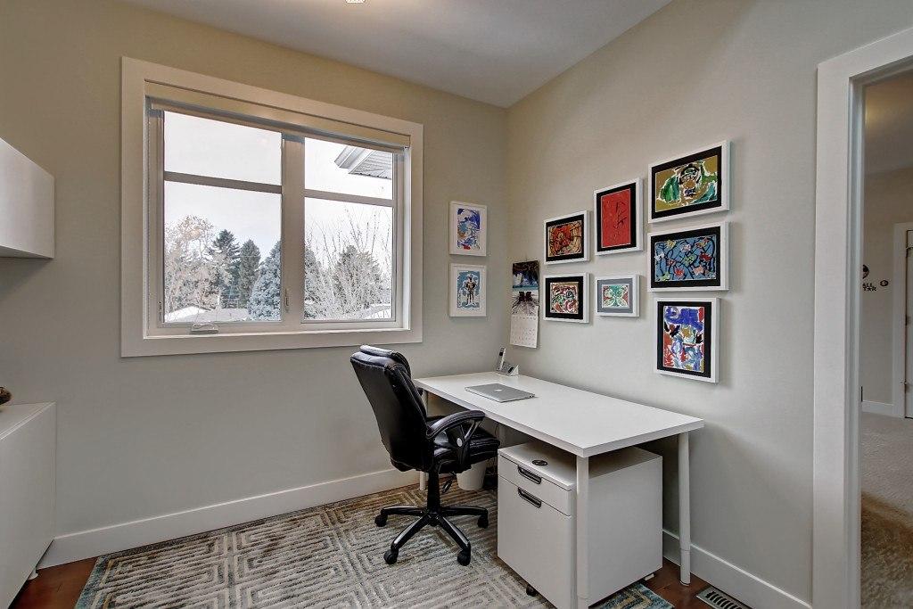 bk-upper-office-53.MLS_Ready.2832_25A_St_SW.011600