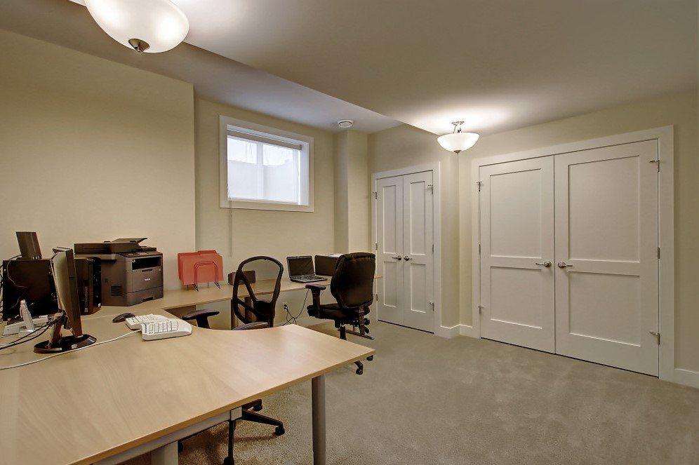 ce-lower-office-or-bedroom-62.MLS_Ready.2832_25A_St_SW.011600