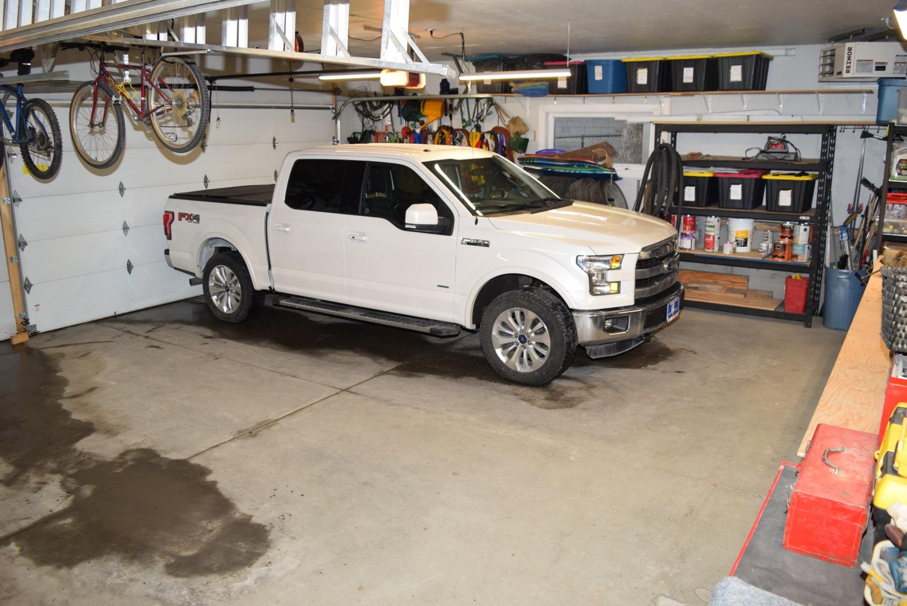 ec-garage-interior-DSC_0019